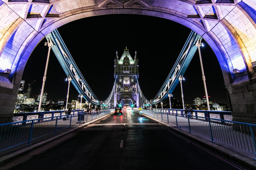 Jigsaw Proposal at Tower Bridge
