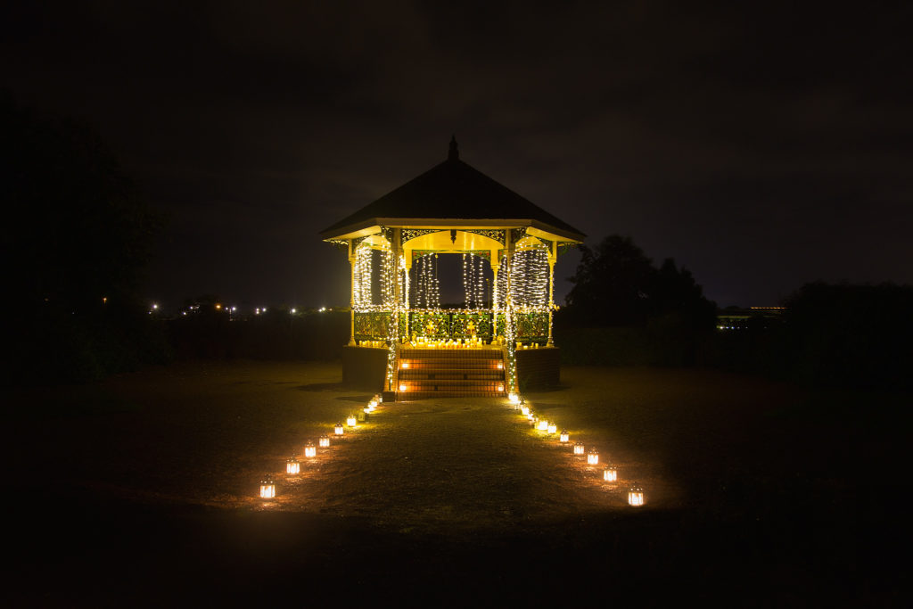 Proposing in a bandstand