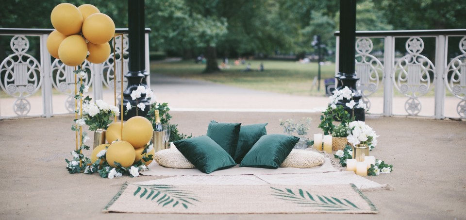 How To Create The Perfect Outdoor Marriage Proposal