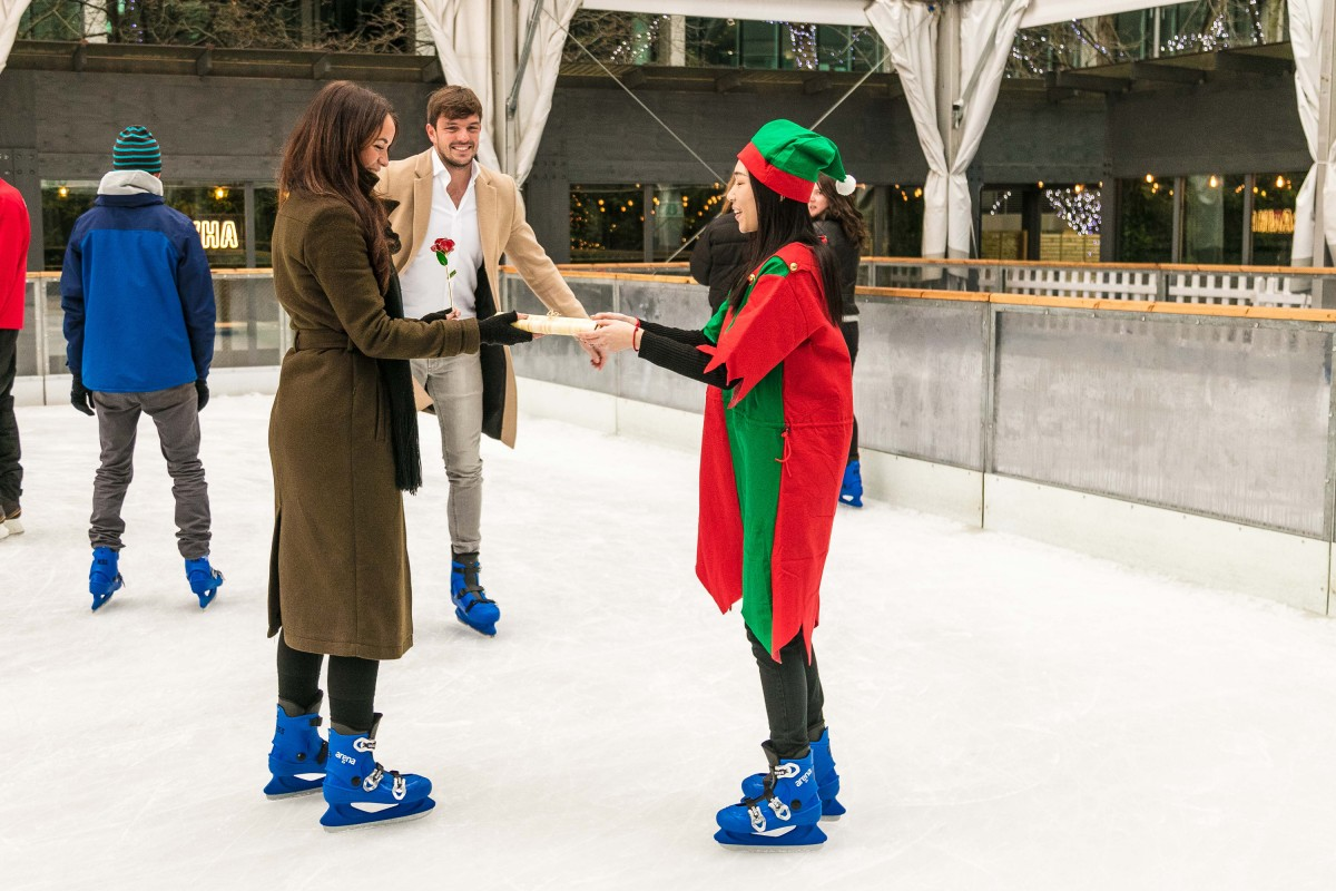 Ice Skating Proposal | The Most Romantic Christmas Proposal Ideas