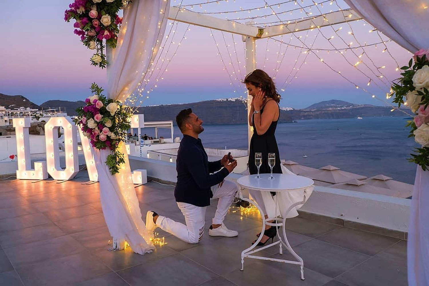 Romantic Places To Propose in Europe | Santorini