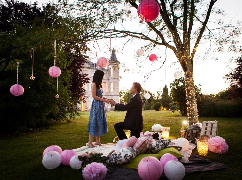 French chateau marriage proposal planned by The Proposers